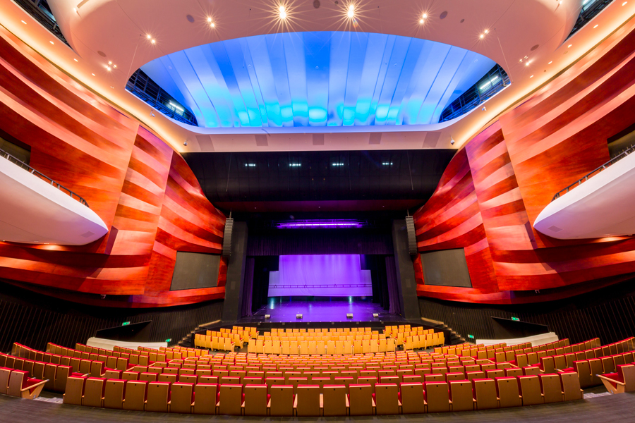 1 200 places, variable acoustic thanks to Constellation by Meyersound